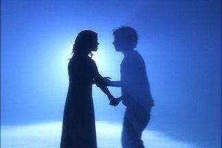 O amor de Felipe e Dora vem de outras vidas - Personagens de Cordel Encantado já tinham se encontrado em Escrito nas Estrelas
