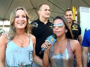 Confira o que vai rolar no programa de 04 de fevereiro - Claudia Leitte, Júnior Cigano, Marcos Veras e Samantha Schmütz antes de entrarem no palco do Caldeirão de Praia.