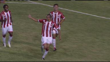 Náutico bate o Ypiranga-PE por 3 a 1, nos Aflitos; confira os gols - Náutico bate o Ypiranga-PE por 3 a 1, nos Aflitos; confira os gols