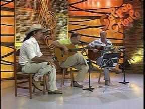 Galpão recebe o cantor e compositor Pery Souza - O Galpão Crioulo deste domingo (18) resgata mais um período importante da belíssima história dos 30 anos do programa.