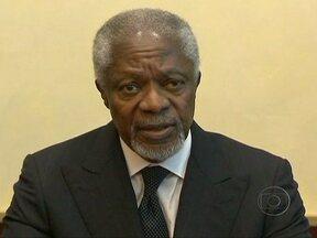 Kofi Annan diz que Assad aceitou plano da ONU para interromper a violência na Síria - Kofi Annan admitiu que a tarefa será longa e difícil. Segundo a ONU, mais de nove mil pessoas foram mortas na repressão aos opositores desde o início dos protestos anti-regime, há mais de um ano.