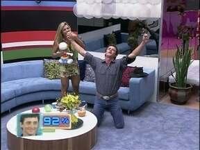 Confira tudo o que rolou na grande final do Big Brother Brasil 12 - Fael foi o grande vencedor do reality show, com 92% dos votos
