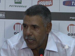 Toninho Cerezo fala com a imprensa sobre a saída do Vitória - O técnico interino Ricardo Silva comandou o coletivo do rubro-negro na manhã desta sexta-feira.