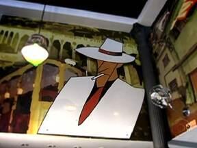 Malandragem é tema de músicas e filmes há muitos anos - O cantor e compositor Moreira da Silva vestiu o estilo clássico de malandro no início de 1900. Já Bezerra da Silva popularizou a fórmula da malandragem, que caiu na boca do povo. Hugo Carvana se celebrizou com seu filme 'Vai Trabalhar, Vagabundo'.
