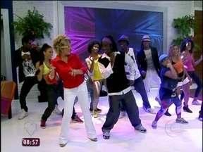 DJ Correlo faz Ana Maria dançar charme - Ele é um dos DJs mais famosos do país em ritmos Black Music