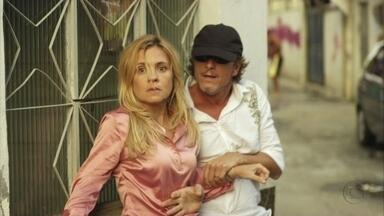 Avenida Brasil - Capítulo de segunda-feira, dia 30/04/2012, na íntegra - Max resgata Carminha do cativeiro