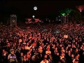 Viradão carioca reúne mais de 300 mil pessoas - Três dias de shows em diversos pontos da Cidade Maravilhosa agitaram o fim de semana!