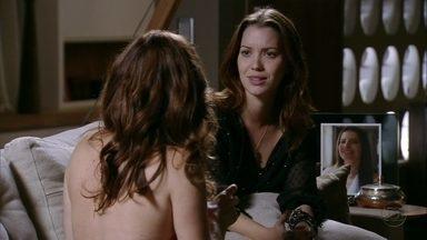Débora quer descobrir quem Jorginho namora - Tomás deixa a irmã em casa e ela confessa para Verônica que não consegue esquecer o ex-noivo