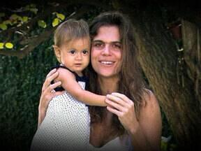 Depoimentos dos filhos para o Dia das Mães levam Ana Maria às lágrimas - Apresentadora fica emocionada com as palavras de Pedro e Mariana