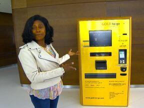 Glória Maria mostra caixa eletrônico de barras de ouro - O luxo e a riqueza são as principais características de Dubai. É comum, por exemplo, encontrar caixas eletrônicos para sacar barras de ouro. É um luxo, não é?