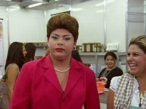 Dilma dá dicas para mulheres que têm maridos folgados - Em uma feira livre, ela bate um papo com a mulherada para saber como é a rotina de cada casa