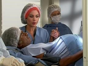 Casal inverte os papéis e homem da à luz o filho - O pai sofre de contrações e vai ter parto normal, mas acaba apelando para a cesariana