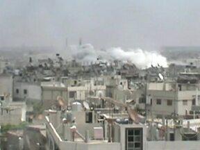 Observadores da ONU encontram 13 corpos na Síria - Os corpos eram de homens que estavam com as mãos amarradas e alguns com tiros na cabeça. Se semana passa, 108 pessoas foram executadas em Houla.