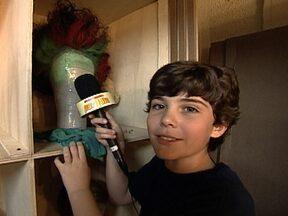 Caio Manhente virou repórter por 1 dia do Fantástico - O apresentador mirim entrevistou os atores do musical Mágico de Oz.