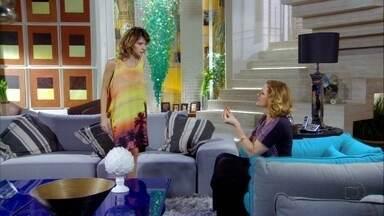 Cheias de Charme - Capítulo de sexta-feira, 15/06/2012, na íntegra - Isadora pede à mãe para demitir Cida