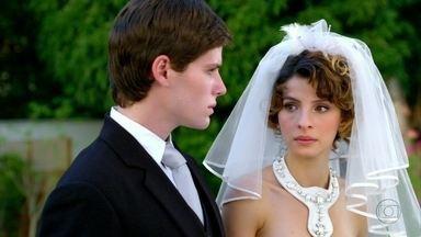 Cheias de Charme - Capítulo de quarta-feira, dia 20/06/2012, na íntegra - Conrado se casa com Isadora