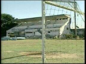 Estádio Florestal de Lajeado começa a ser demolido no RS - No local será construído um empreendimento.