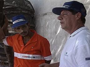 Garis que encontraram dinheiro na Rio92 mostram como está a vida 20 anos depois - Ivanilson dos Santos, que encontrou uma bolsa com o equivalente a R$ 6.500, e devolveu o valor, hoje é gerente na mesma empresa. Já Luiz Leitão, devolveu a pulseira que achou à dona. Hoje ele está aposentado e tem um bar.