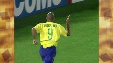 Assista ao vídeo e descubra as três informações erradas sobre o penta - Fátima conta que o jogador era um menino quando foi à primeira Copa do Mundo