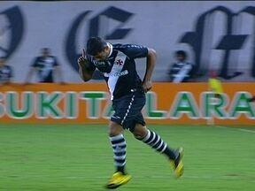 Vindo do banco de reservas, Diego Souza faz gol da vitória do Vasco - Com mais uma vitória, vascaínos chegaram a vice-liderança do Camnpeonato Brasileiro.
