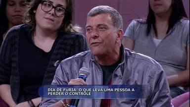 Jorge Fernando fala sobre momento engraçado de fúria - O diretor e ator levou uma bronca da mãe quando deu um 'ataque de pelanca' em uma gravação