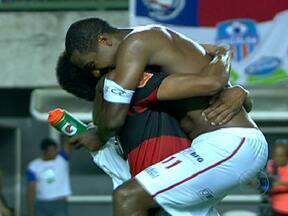 Confira os gols deste domingo (15) no Brasileirão - Com os resultados, o Vasco assumiu o segundo lugar, o Atlético-GO permaneceu na lanterna e o Palmeiras seguiu na zona de rebaixamento.