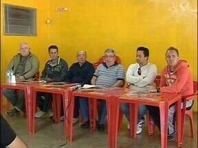 Foz Cataratas apresenta nova comissão técnica - Gezi Damasceno reassume o posto de técnico da equipe