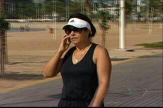 Clientes de operadoras de celular têm dificuldade para fazer ligações em pontos do ES - Em alguns pontos da Grande VItória, aparelhos de telefonia móvel ficam sem sinal.