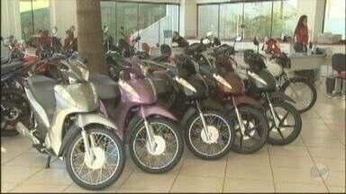 Vendas de motos em Ribeirão Preto caem 10% no primeiro semestre deste ano - Inadimplência e dificuldade de crédito causaram queda nas vendas.