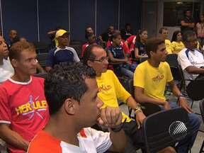 II Meia Maratona da Bahia é realizada neste domingo em Salvador - A prova contará com 3.520 atletas profissionais e amadores.