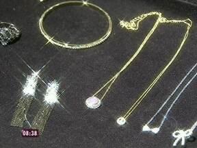Você sabe diferenciar joias de bijuterias? Veja as peças e se surpreenda! - Designer de joias aconselha a não se deixar levar pela aparência