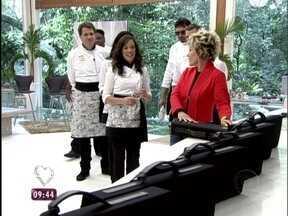 Ana Maria entrega a maleta de ferramentas para as celebridades - Confira como foi a recepção dos famosos e o que eles estão achando deste início do game