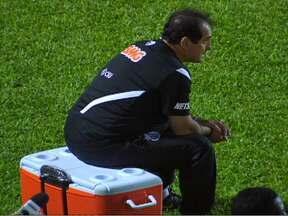 Ainda com os desfalques, Santos perde para Náutico por 3 a 0 em Recife - Sofrendo com a ausência de Neymar, Ganso e companhia, time de Muricy Ramalho é goleado em Recife