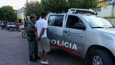 Polícia prende dois suspeitos de matar uma aposentada no interior do Ceará - Crime ocorreu em 23 de julho, quando homens invadiram e roubaram a casa de uma aposentada.