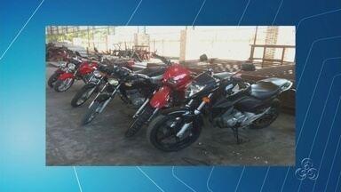 Departamento de Polícia entrega 24 motocicletas que haviam sido roubadas, no Amazonas - As motos foram recuperadas durante uma operação realizada nos municípios de Borba e Parintins em julho deste ano. Os proprietários foram convocados a receber os veículos.