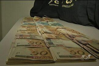 MP prende suspeitos de desvio de verba em Anápolis, Goiás - O MP-GO prendeu 12 pessoas em Anápolis na quarta-feira (8). O grupo é acusado de fazer parte de um esquema de expansão ilegal da área urbana da cidade. Pouca coisa foi revelada até agora para não atrapalhar as investigações.