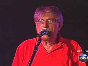 Cantor Magro morre aos 68 anos - Antônio José Waghabi filho lutava contra um câncer de próstata. Com o apelido de Magro, ficou conhecido em todo o país como arranjador. Ao lado dos amigos Miltinho, Ruy e Aquiles formou o grupo MPB4.