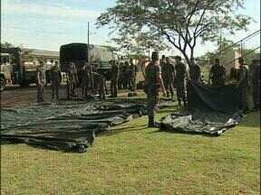 Militares montam estrutura para ação social - Evento está marcado para amanhã no Centro de Convivência Érico Veríssimo, do Jardim São Paulo