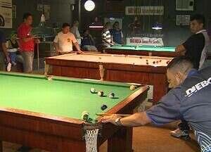Torneio de sinuca reúne mais de 70 participantes, em Manaus - Disputas são apenas para funcionários das empresas do Polo Industrial de Manaus (PIM)