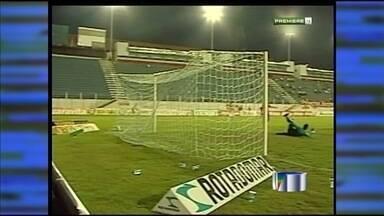 Guaratinguetá perde para o Joinville por 3 a 0 - Garça perde mais uma e afunda na Série B do Brasileiro.