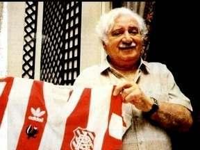 Além do amor pela literatura, Jorge Amado era apaixonado por futebol - Escritor dedicou vários livros ao tema, e torcia para o Ypiranga, time da Bahia que chegou a ser o maior vencedor estadual.