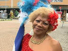 Cidade do Samba recebe segundo encontro de Velhas Guardas - A Cidade do Samba recebeu o segundo encontro das Velhas Guardas das escolas. Uma homenagem para quem carrega as raízes e a tradição do carnaval.