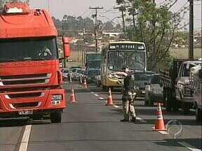 Policiais rodoviários federais decidiram aderir à greve da categoria - Na semana passada os policiais da PRF da região Norte fizeram várias operações nas rodovias em protesto, a partir de hoje devem manter apenas efetivo obrigatório nos postos.
