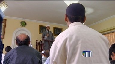 O domingo foi de celebrações para muçulmanos - omingo foi de celebrações para muçulmanosEm São José, uma comunidade comemorou o Ramadã.