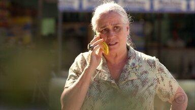 Lucinda chama Ivana para ajudar Max - Tufão tenta convencer a irmã a não ir
