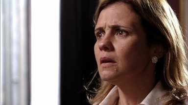 Avenida Brasil - Capítulo de sexta-feira, dia 24/08/2012, na íntegra - Jorginho dá 24 horas para Carminha sair da mansão