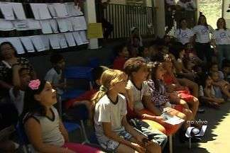Colégio Estadual Jardim das Aroeiras, em Goiânia, recebe o projeto Amigos da Escola - Nesta sexta-feira (31) tem dia temático do Projeto Amigos da Escola, da Rede Globo. As atividades acontecem no Colégio Estadual Jardim das Aroeiras.