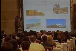 Crescimento do enoturismo é debatido em Bento Gonçalves - Congresso Latino-Americano reúne representantes de sete países. Convidados discutem alternativas para o desenvolvimento da área.