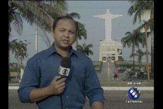 Assaltantes roubam agência bancária em São Miguel do Guamá, PA - Ação criminosa ocorreu na madrugada desta terça, 11, no nordeste do Pará.Bando chegou na cidade atirando e atacou ainda quartel da PM.