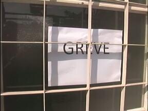 Funcionários da UEM entram em greve - No campus da universidade em Umuarama nenhum funcionário trabalhou hoje